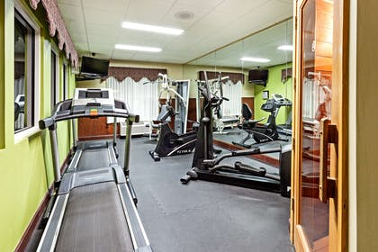 Fitness Center   Country Inn & Suites by Radisson, Hinesville, GA