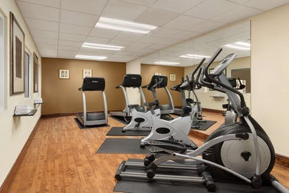 Fitness Center | Country Inn & Suites by Radisson, Macon North, GA
