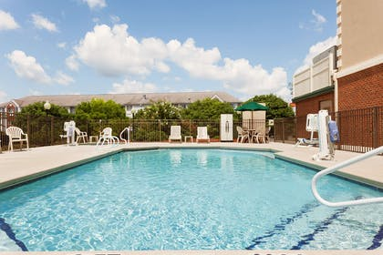 Pool | Country Inn & Suites by Radisson, Tifton, GA