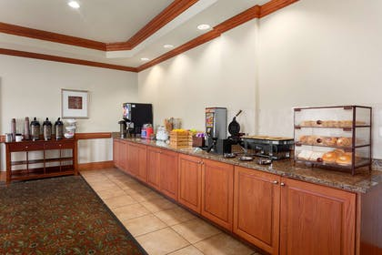 Breakfast Room | Country Inn & Suites by Radisson, Tifton, GA