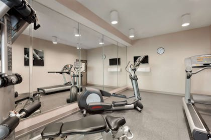 Fitness Center | Country Inn & Suites by Radisson, Warner Robins, GA