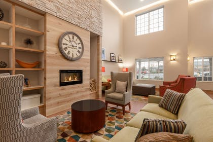 Lobby | Country Inn & Suites by Radisson, Ames, IA