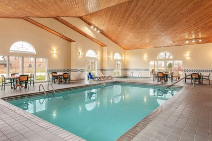 Pool | Country Inn & Suites by Radisson, Ames, IA