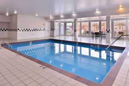 Indoor Pool   Country Inn & Suites by Radisson, Omaha Airport, IA