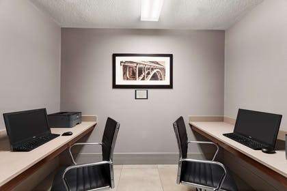 Business Center | Country Inn & Suites by Radisson, Fort Dodge, IA