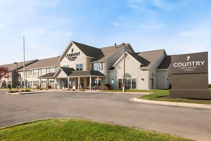 Hotel Exterior | Country Inn & Suites by Radisson, Fort Dodge, IA