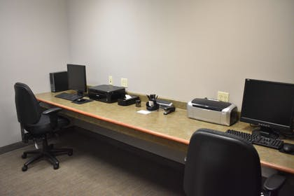 Business Center   Country Inn & Suites by Radisson, Northwood, IA
