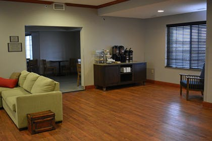 Lobby   Country Inn & Suites by Radisson, Northwood, IA