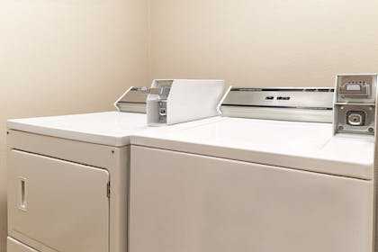 Guest Laundry Facilities | Country Inn & Suites by Radisson, Pella, IA