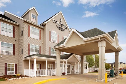 Hotel Exterior   Country Inn & Suites by Radisson, Champaign North, IL