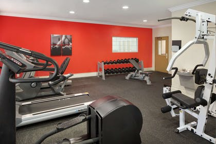 Fitness Room   Country Inn & Suites by Radisson, Champaign North, IL