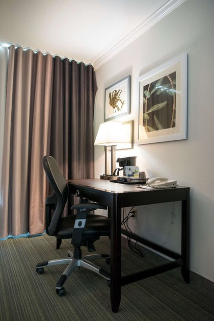 Guest Room | Country Inn & Suites by Radisson, Effingham, IL