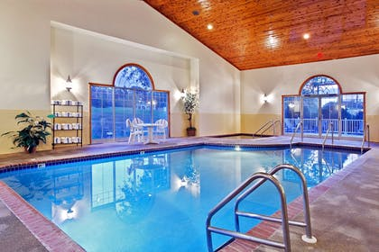 Pool | Country Inn & Suites by Radisson, Freeport, IL