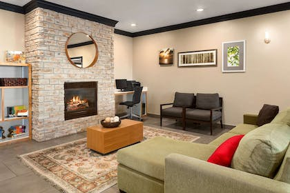 Lobby | Country Inn & Suites by Radisson, Manteno, IL
