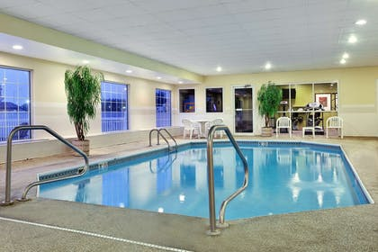Pool | Country Inn & Suites by Radisson, Rock Falls, IL