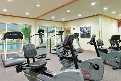 Fitness Room | Country Inn & Suites by Radisson, Rock Falls, IL