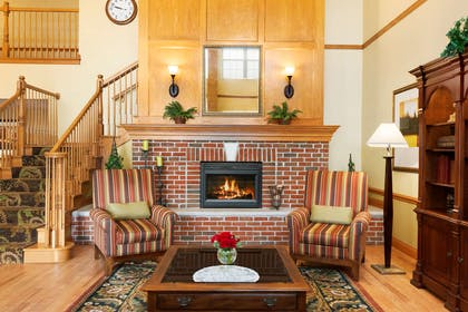 Lobby | Country Inn & Suites by Radisson, Sycamore, IL
