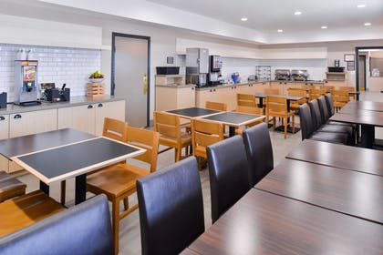 Breakfast Area | Country Inn & Suites by Radisson, Tinley Park, IL