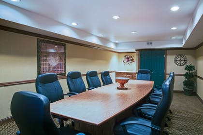Meeting Room   Country Inn & Suites by Radisson, Zion, IL