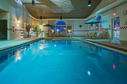 Pool   Country Inn & Suites by Radisson, Zion, IL