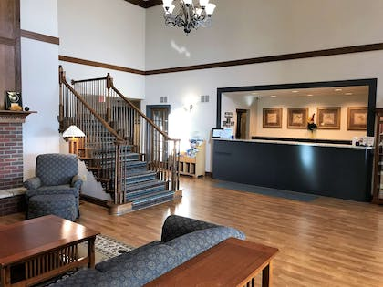 Front Desk   Country Inn & Suites by Radisson, Zion, IL