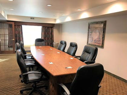 Boardroom   Country Inn & Suites by Radisson, Zion, IL