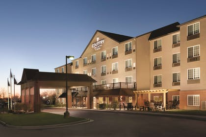 Hotel Exterior | Country Inn & Suites by Radisson, Indianapolis Airport South, IN