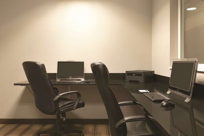 Business Center | Country Inn & Suites by Radisson, Indianapolis Airport South, IN