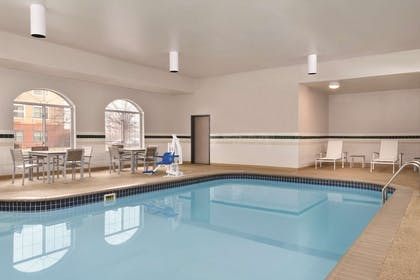Pool   Country Inn & Suites by Radisson, Merrillville, IN
