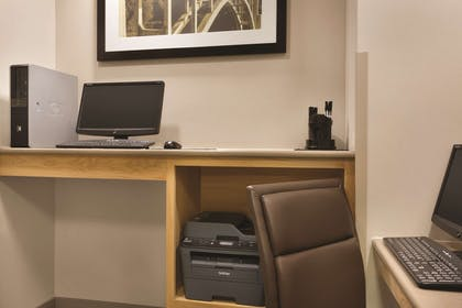 Business Center   Country Inn & Suites by Radisson, Valparaiso, IN