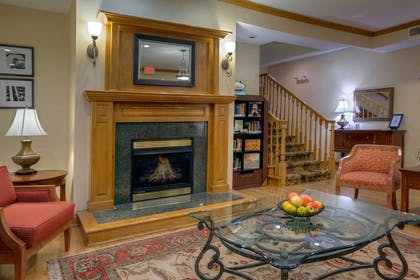 Lobby | Country Inn & Suites by Radisson, Paducah, KY