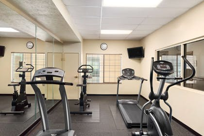 Fitness Center | Country Inn & Suites by Radisson, Paducah, KY