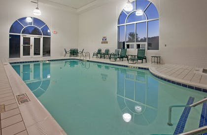 Pool | Country Inn & Suites by Radisson, Somerset, KY