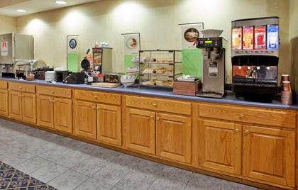 Breakfast Room | Country Inn & Suites by Radisson, Somerset, KY