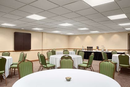 Calvert Meeting Room | Country Inn & Suites by Radisson, Annapolis, MD