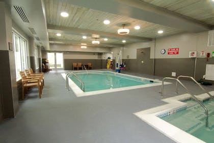 Pool | Country Inn & Suites by Radisson, Annapolis, MD