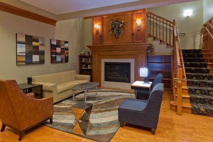 Lobby | Country Inn & Suites by Radisson, BWI Airport (Baltimore), MD