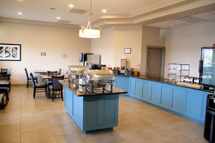 Breakfast Room | Country Inn & Suites by Radisson, BWI Airport (Baltimore), MD