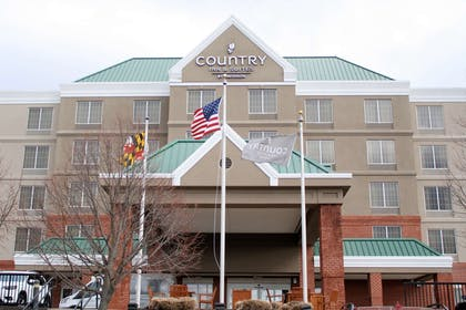 Exterior | Country Inn & Suites by Radisson, BWI Airport (Baltimore), MD