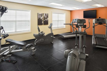 Fitness Center   Country Inn & Suites by Radisson, Baltimore North, MD