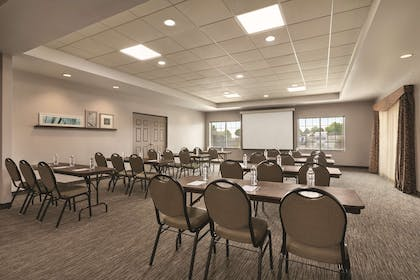 Meeting Room | Country Inn & Suites by Radisson, Hagerstown, MD