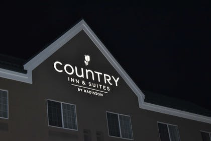 LOGO | Country Inn & Suites by Radisson, Hagerstown, MD