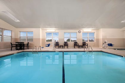 Pool | Country Inn & Suites by Radisson, Dundee, MI