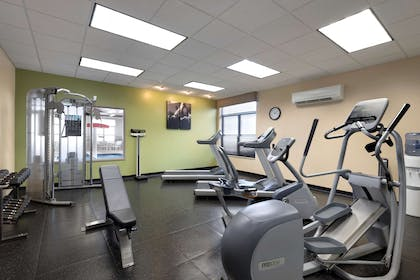 Fitness Center | Country Inn & Suites by Radisson, Houghton, MI