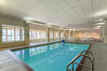 Pool | Country Inn & Suites by Radisson, Bloomington at Mall of America, MN