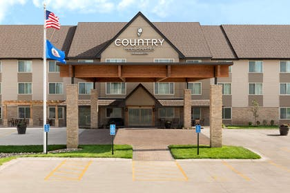 Hotel Exterior | Country Inn & Suites by Radisson, St. Cloud West, MN