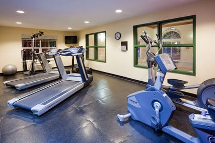 Fitness Room | Country Inn & Suites by Radisson, Cottage Grove, MN