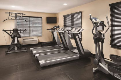 Fitness Center | Country Inn & Suites by Radisson, Cottage Grove, MN