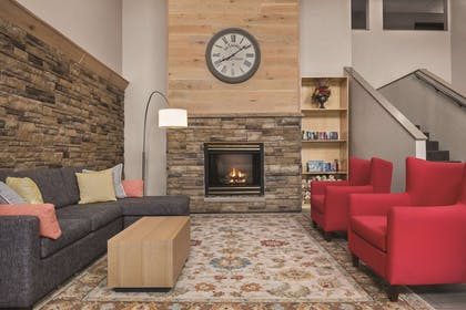 Lobby | Country Inn & Suites by Radisson, Cottage Grove, MN