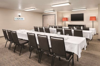 Meeting Room | Country Inn & Suites by Radisson, Cottage Grove, MN